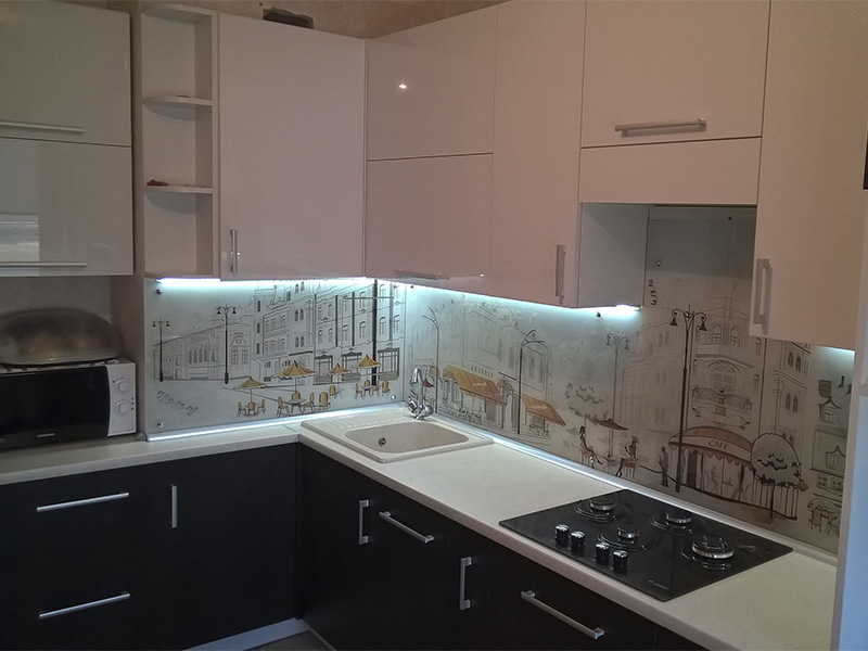 Кухня с крашеным фасадом 1