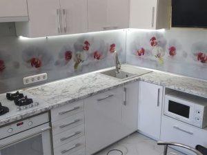 Кухня из пластика 7