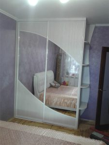 Шкафы-купе в спальню2