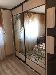 Шкафы-купе в спальню3